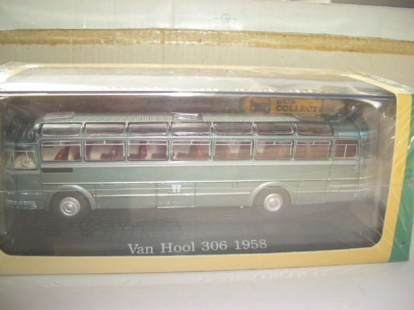 Atlas DeAgostini FG01 1/72 Van Hool 306 Coach 1958 Light Green Metallic Belgium